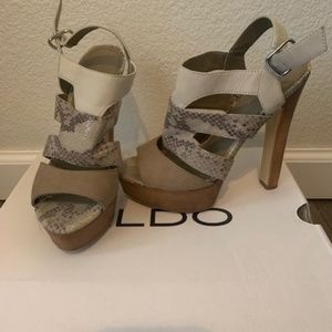 Aldo Snakeskin Heels 6.5
